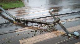 Quase 435 mil imóveis estão sem energia no Paraná por causa de temporal
