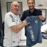 Santos anuncia Edu Dracena como executivo de futebol
