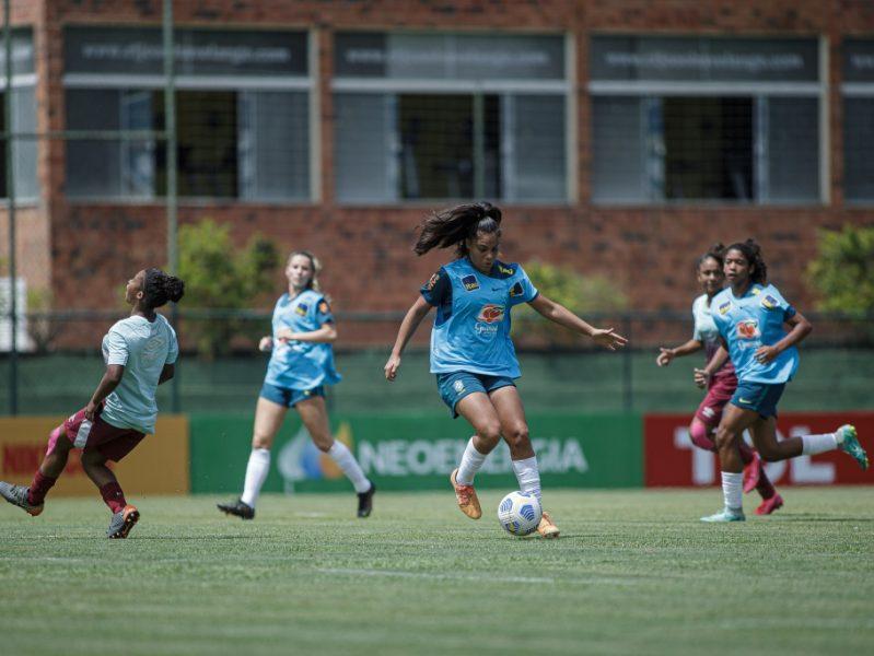 Seleção Feminina Sub-17 vence amistoso contra o Fluminense Sub-18