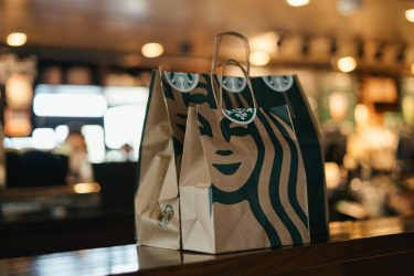 Primeira unidade da Starbucks em Curitiba será inaugurada em outubro, diz shopping