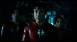 The Flash aparece em duas versões e recruta o Batman em prévia do DC Fandome