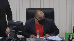 Com urgência, Câmara de Paranaguá aprova aumento de salários de prefeito, vice e secretários