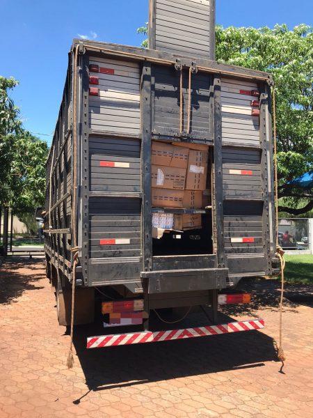 Homens são presos com caminhão cheio de  cigarros contrabandeados em Maringá
