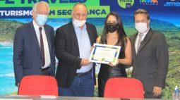 Paraná recebe selo e título de embaixador do turismo seguro em relação à Covid-19