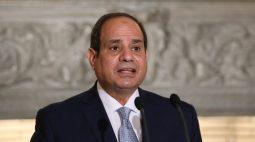 Presidente do Egito diz que chegou a hora de aumentar o preço do pão subsidiado