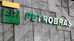 Petrobras supera expectativa com lucro de R$42,86 bi no 2º tri