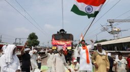 Agricultores indianos protestam em todo país contra reformas