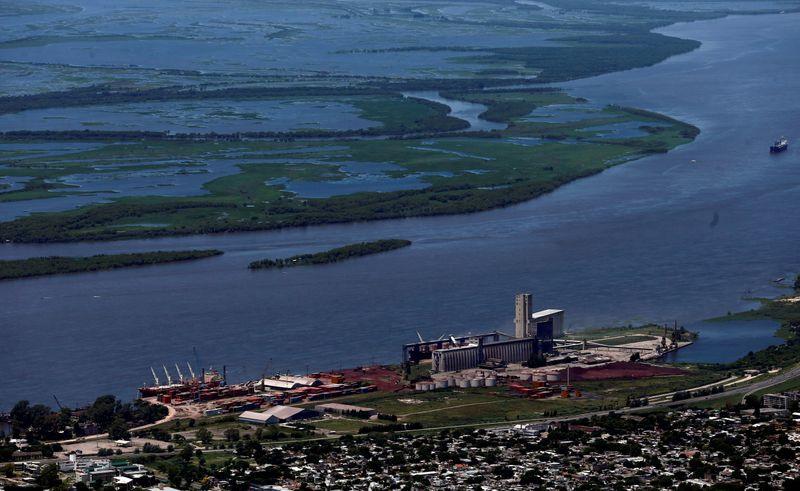 Protesto paralisa exportação de grãos em portos argentinos na região de Rosário