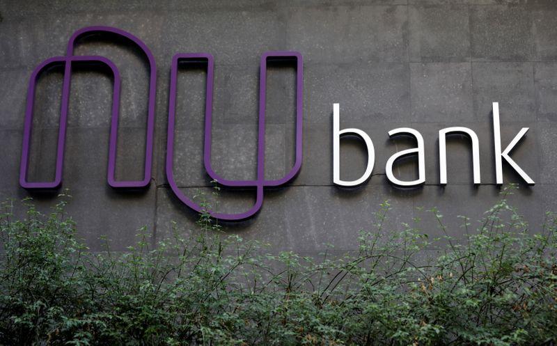 Nubank levanta US0 mi, mostra documento na SEC