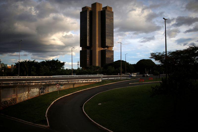 """Suspensão de circulação de notas de R$ 200 acarretaria """"sério prejuízo"""", diz BC ao STF"""