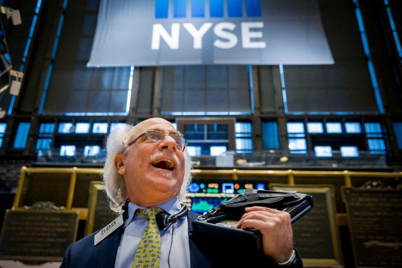 S&P 500 ronda nível recorde e caminha para fechar melhor agosto em 36 anos