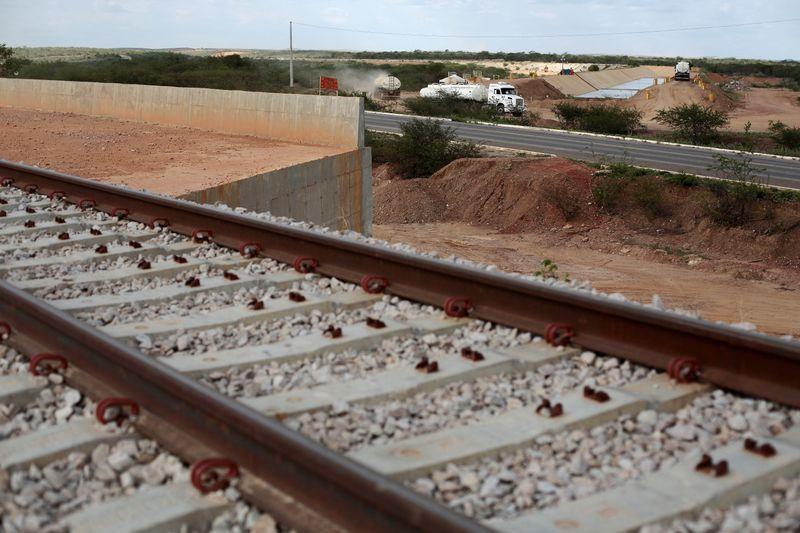 Rumo anuncia antecipação de pagamento de outorga de concessões ferroviárias no valor de R$5,1 bi
