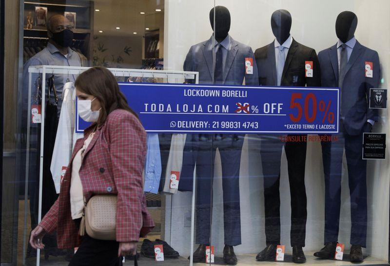 Vendas no varejo recuam 8,3% na Semana do Brasil, mostra ICVA