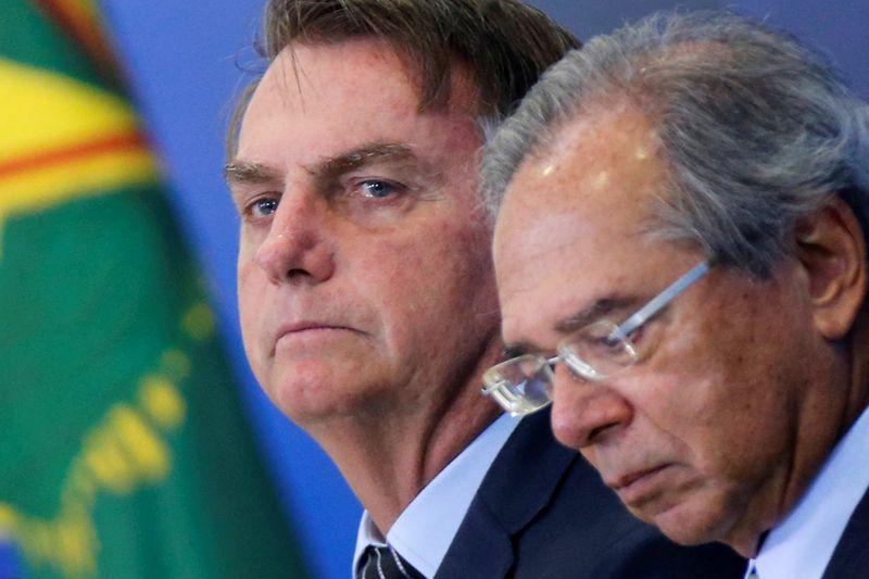 ANÁLISE-Tentação populista de Bolsonaro com Renda Brasil esbarra em limitações fiscais