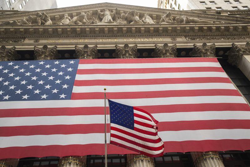 Wall abre em alta com foco em reunião do Fed