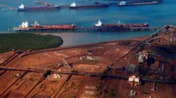 Austrália envia tropas para ajudar a conter vírus em navio de minério perto de porto