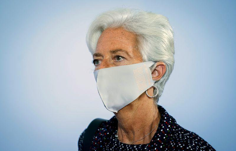 Lagarde prepara cenário para revisão de estratégia no BCE semelhante à do Fed