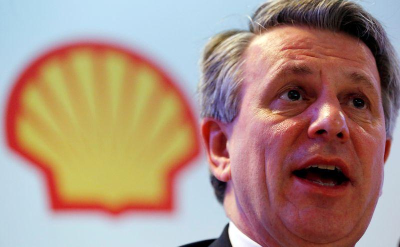 Shell cortará até 9 mil empregos em transição para baixo carbono