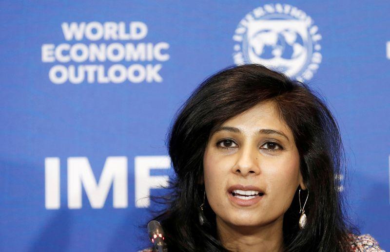 FMI vê contração global menos severa, mas piora perspectivas para muitos mercados emergentes
