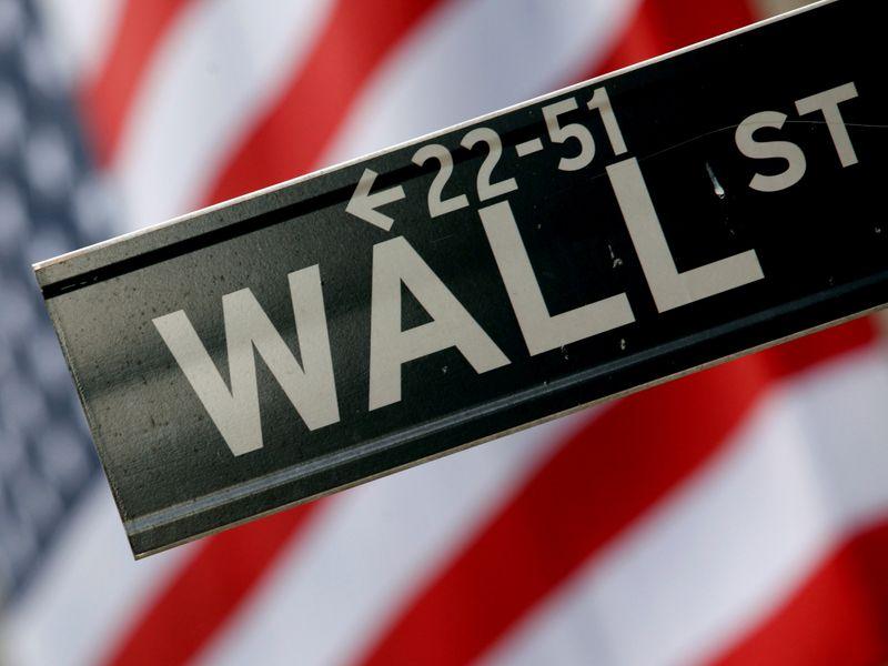 Ações de tecnologia impulsionam Wall St após balanços bancários mistos