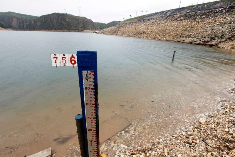 Comitê do governo aprova acionar usinas térmicas para preservar hidrelétricas