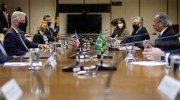 Brasil e EUA assinam acordo para promover fluxo bilateral de comércio e investimentos
