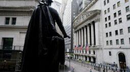 S&P 500 recua em sessão volátil em meio a negociações sobre auxílio fiscal nos EUA