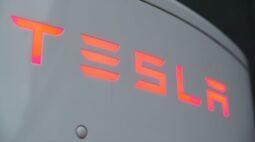 Receita da Tesla no 3º tri supera previsões e ações sobem