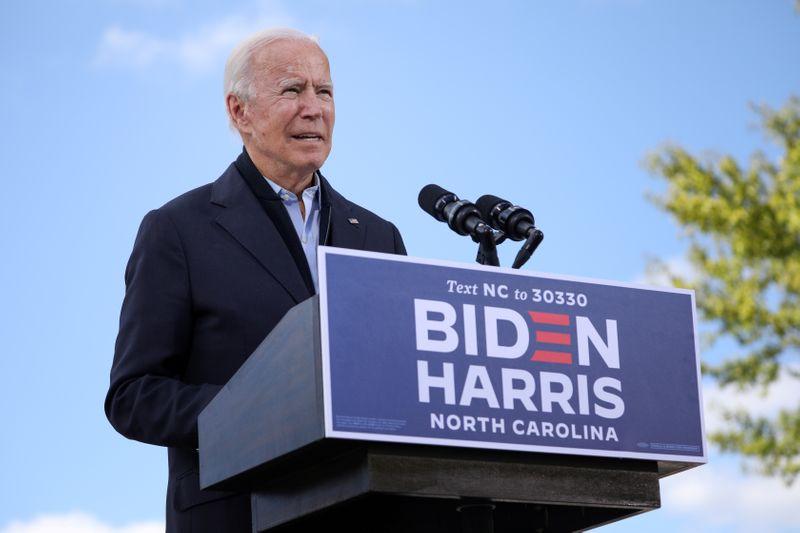 EXCLUSIVO-Campanha de Biden diz a mineradoras que apoia produção nos EUA
