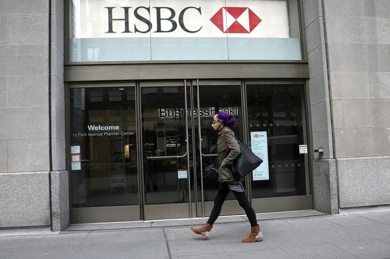 HSBC indica reformulação nos negócios, conforme taxas de juros baixas atingem lucros