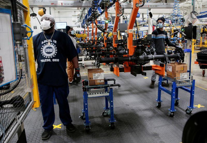 Economia dos EUA tem crescimento recorde de 33,1% no 3º tri