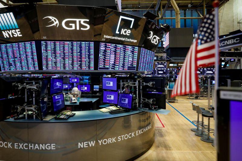 S&P 500 e Nasdaq avançam após dados positivos