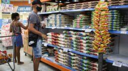 Governo estuda redução de tarifas de importação para conter preços, diz Guedes