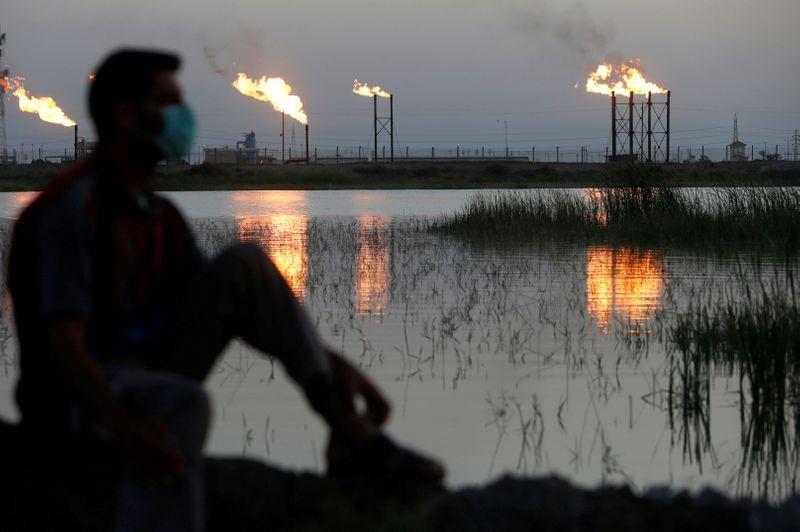 Países questionam se Opep manterá cortes de oferta de petróleo em 2021, dizem fontes