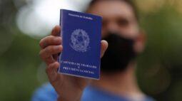Brasil tem desemprego de 14,4% no tri até agosto, diz IBGE
