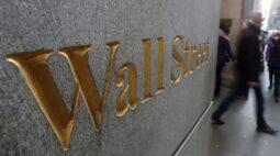 Wall St abre em queda com perdas em tecnologia