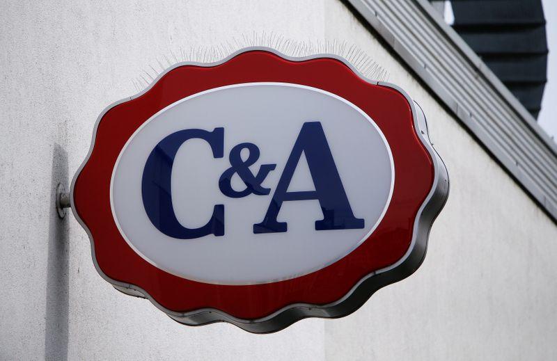 C&A tem prejuízo de R$28 mi no 3º tri; SSS recua 13,9%