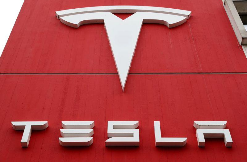 Ação da Tesla dispara com gestores de fundo avaliando entrada no S&P 500