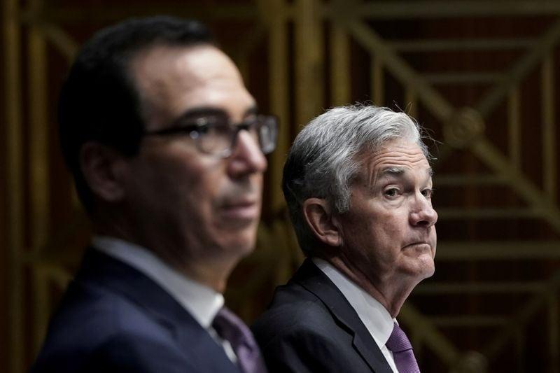 Mnuchin diz que pequenas e médias empresas dos EUA precisam de subsídios, não de empréstimos