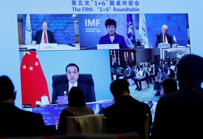 Atividade econômica da China pode voltar a intervalo razoável em 2021, diz premiê