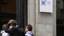 B3 mais que dobra número de investidores ativos para 3.178.780 em outubro