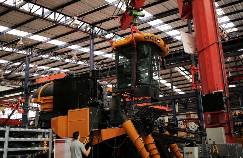 Setor de máquinas no país tem em outubro melhor desempenho do ano, diz Abimaq