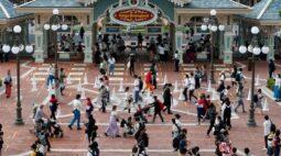 Disney eleva número de demissões para 32 mil com impacto de coronavírus em parques temáticos