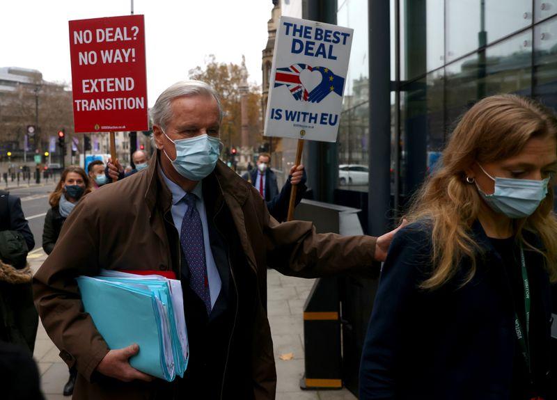 Tempo está se esgotando para acordo comercial do Brexit, dizem Reino Unido e UE