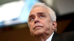 Petrobras espera concluir a venda das 8 refinarias até o final de 2021, diz CEO