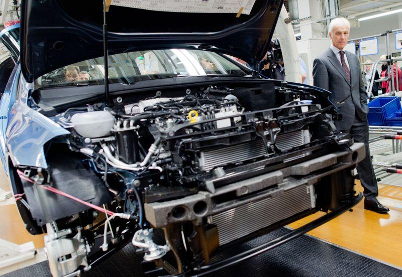 Recuperação da indústria da zona do euro perde força em novembro, aponta PMI