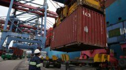 Brasil tem superávit comercial de US$3,7 bi em novembro