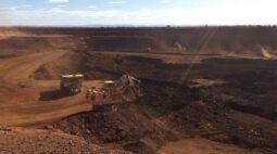 Minério de ferro dispara e tem recorde na bolsa de Dalian
