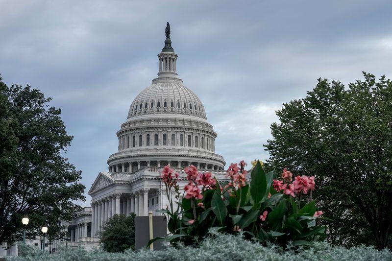 Congresso dos EUA aprova lei que pode banir empresas chinesas de bolsas do país