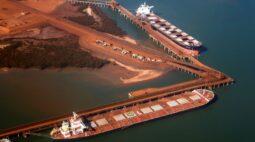 Minério de ferro tem novo recorde na China após previsões mais baixas da Vale